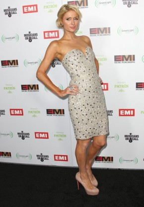 Paris+Hilton+EMI+GRAMMY+After+Party+Arrivals+SmBke_y4k_4l
